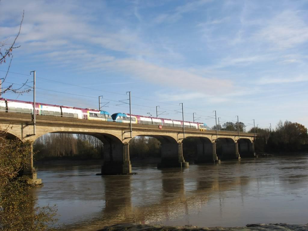 Les Ponts de la Vendée à Nantes - Ligne de Nantes-Clisson... IMG_0006