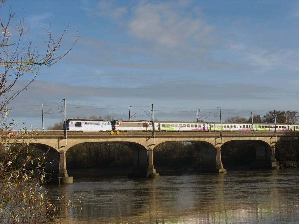 Les Ponts de la Vendée à Nantes - Ligne de Nantes-Clisson... IMG_0009