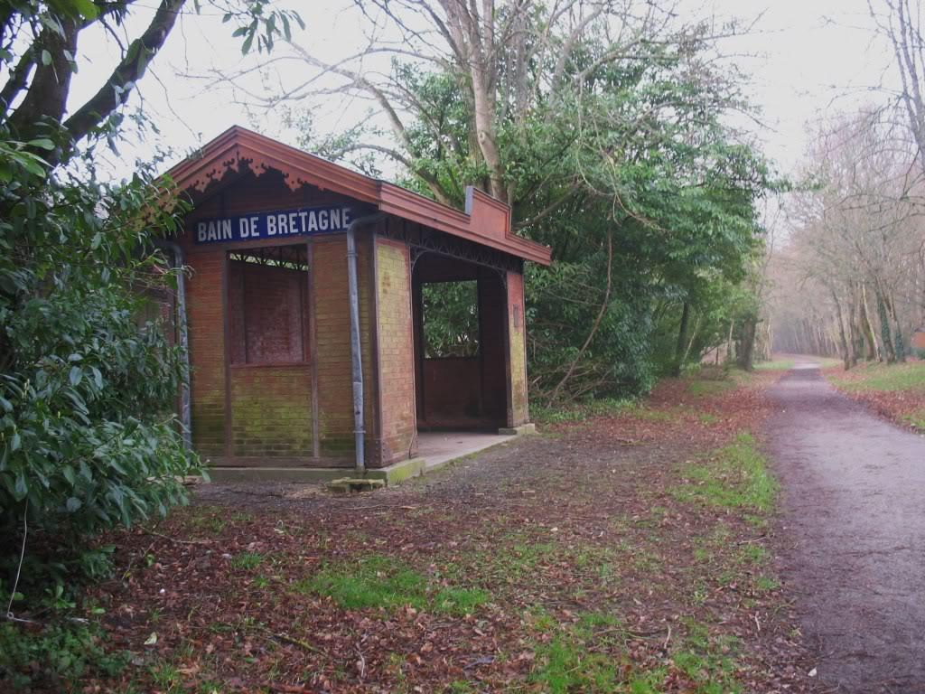 La gare de Bain de Bretagne Ligne de Châteaubriant-Messac-Ploermel IMG_7187