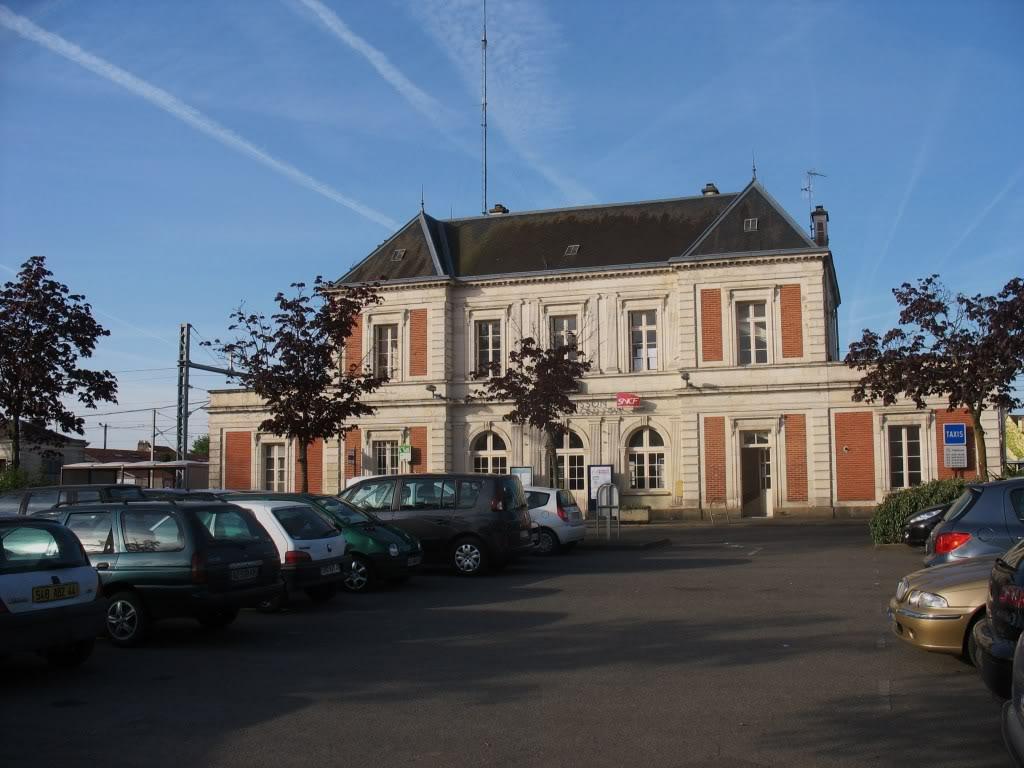 Les Gares de Nantes à Clisson - Ligne de Nantes-Saintes IMG_7903