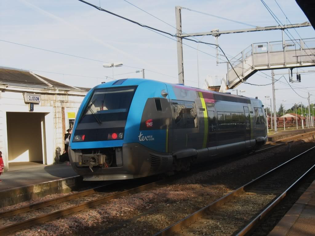 Les Gares de Nantes à Clisson - Ligne de Nantes-Saintes IMG_7905