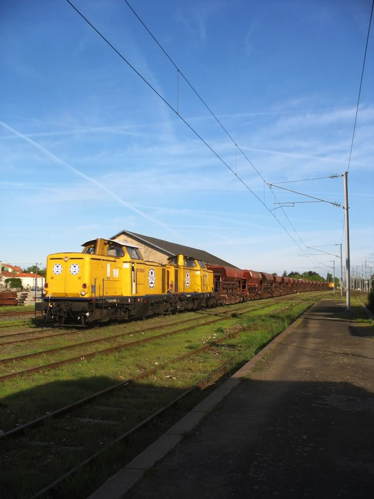 Les Gares de Nantes à Clisson - Ligne de Nantes-Saintes IMG_7908