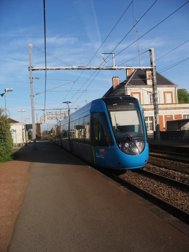 Les Gares de Nantes à Clisson - Ligne de Nantes-Saintes IMG_7910