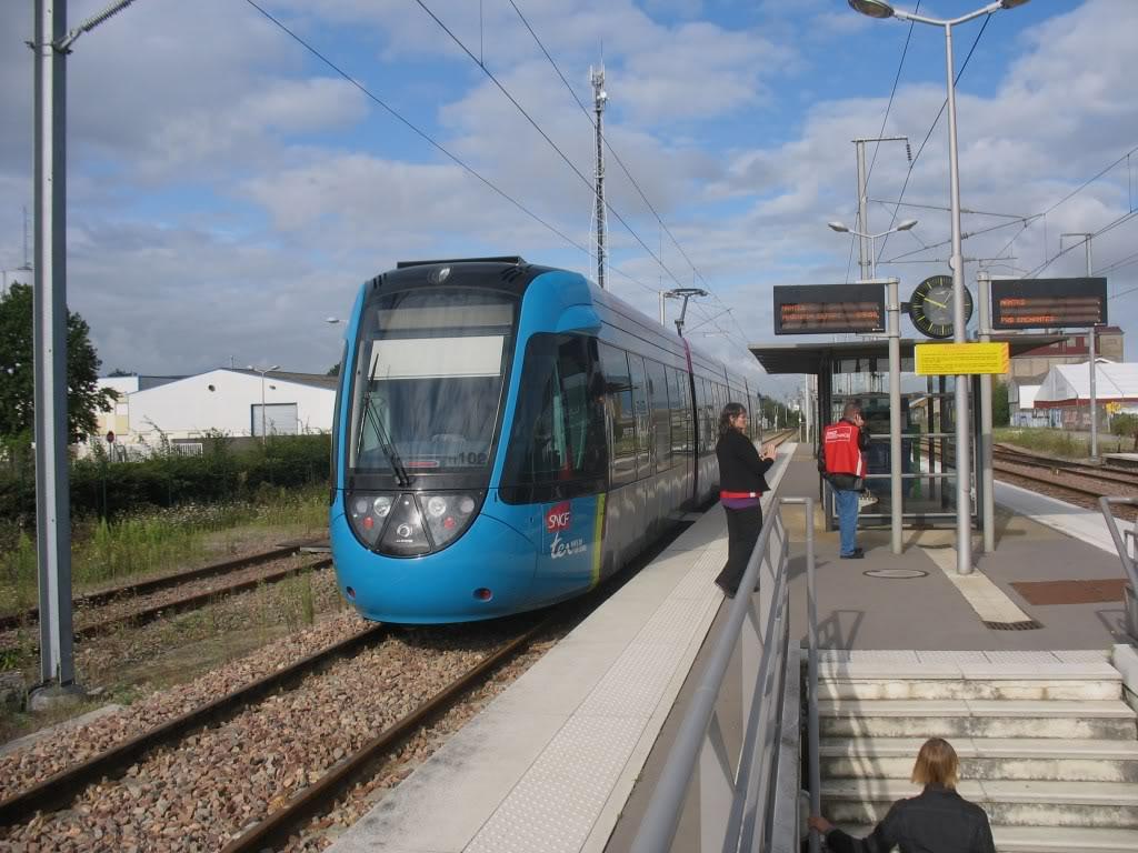 Les Gares de Nantes à Clisson - Ligne de Nantes-Saintes IMG_9204