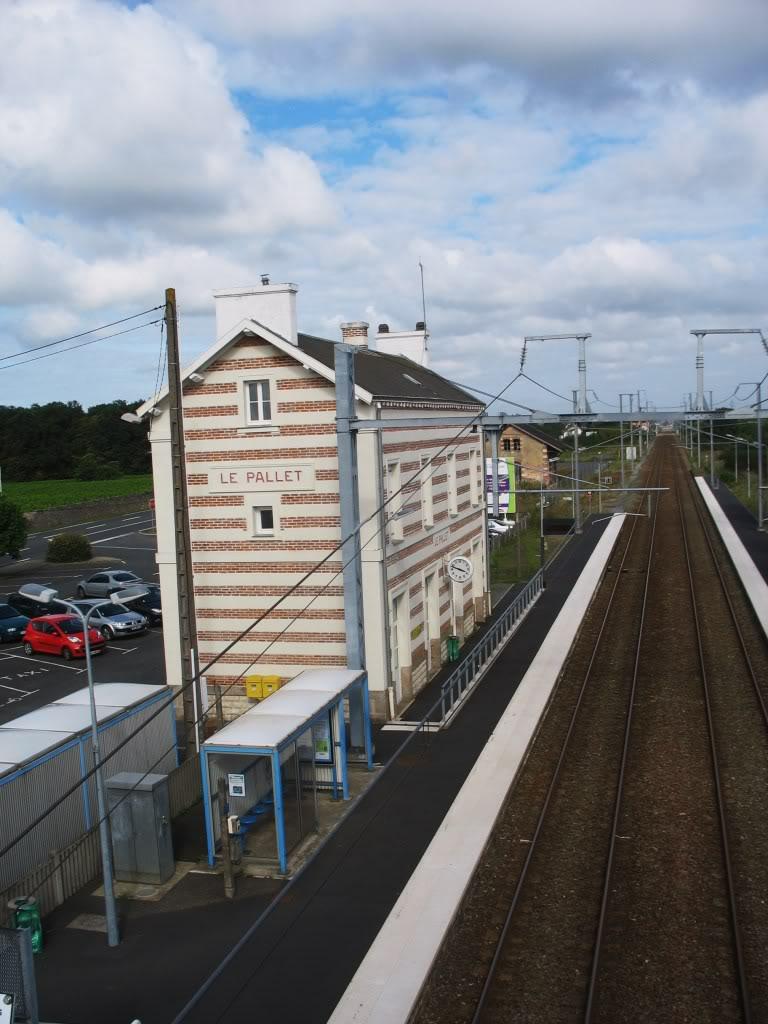 Les Gares de Nantes à Clisson - Ligne de Nantes-Saintes IMG_9216