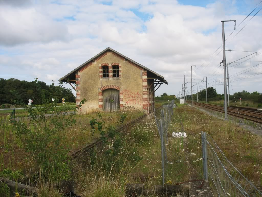 Les Gares de Nantes à Clisson - Ligne de Nantes-Saintes IMG_9225