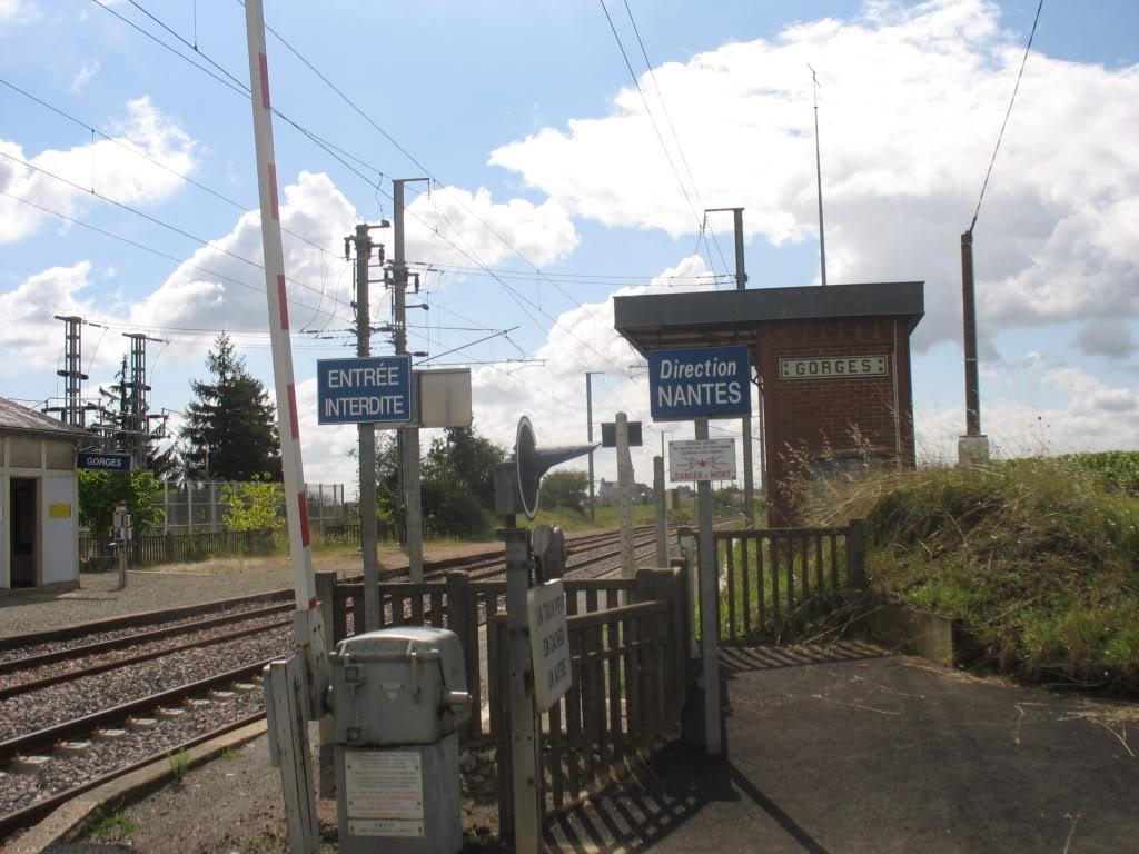 Les Gares de Nantes à Clisson - Ligne de Nantes-Saintes IMG_9234