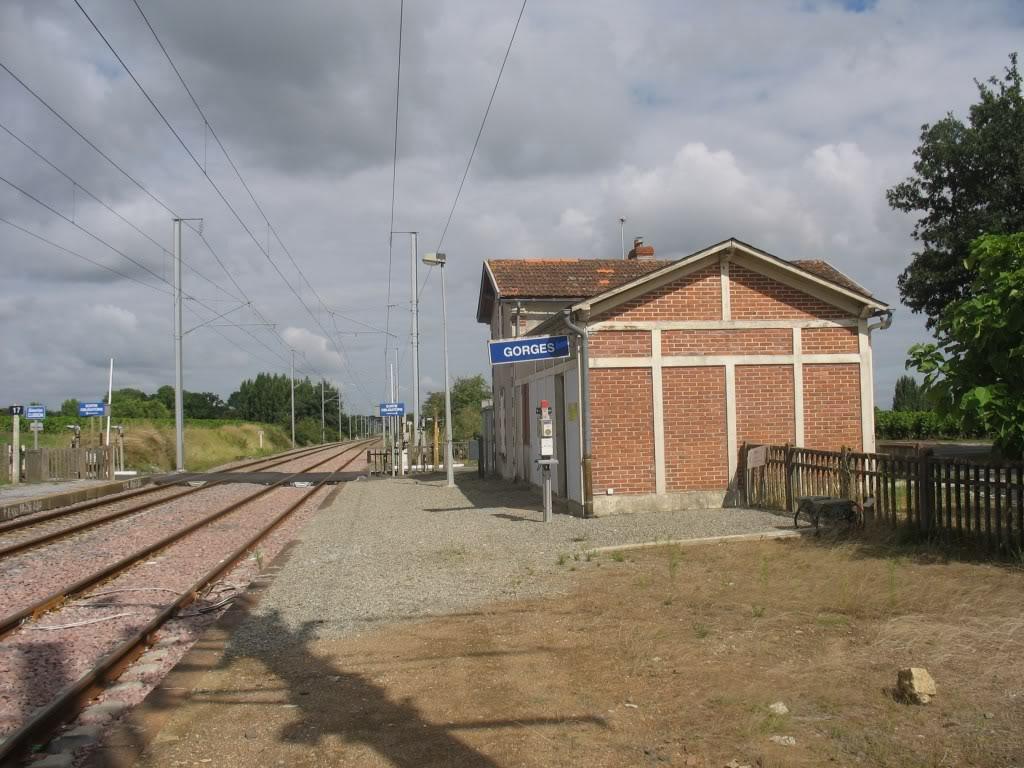 Les Gares de Nantes à Clisson - Ligne de Nantes-Saintes IMG_9235