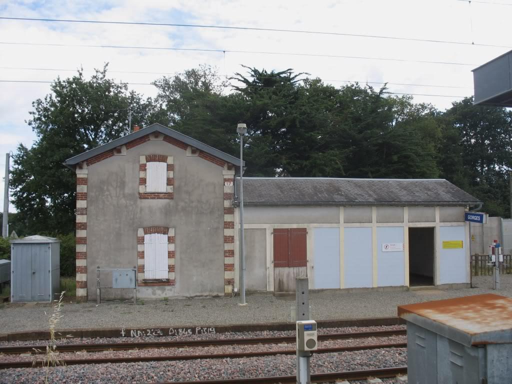 Les Gares de Nantes à Clisson - Ligne de Nantes-Saintes IMG_9240