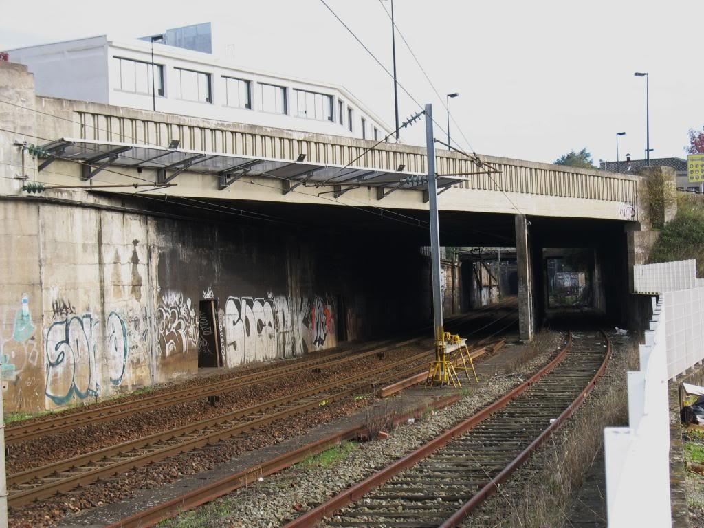 Les gares de Nantes à Savenay - Ligne Nantes-Le Croisic-Redon-Quimper 11-ChantenayentregareetTunnel