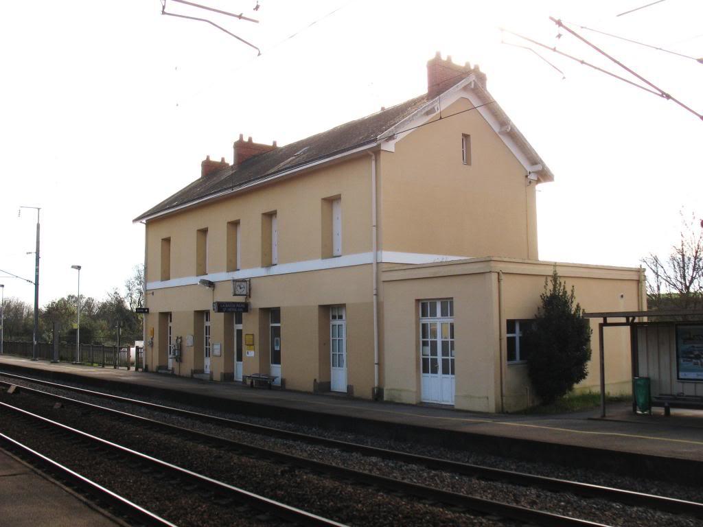 Les gares de Nantes à Savenay - Ligne Nantes-Le Croisic-Redon-Quimper 16-Basse-IndreStHerblainBVcocircteacutequais