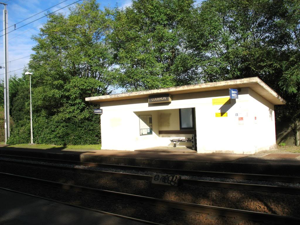 Les gares de Nantes à Savenay - Ligne Nantes-Le Croisic-Redon-Quimper 26-CoueacuteronabridequaiversNantes