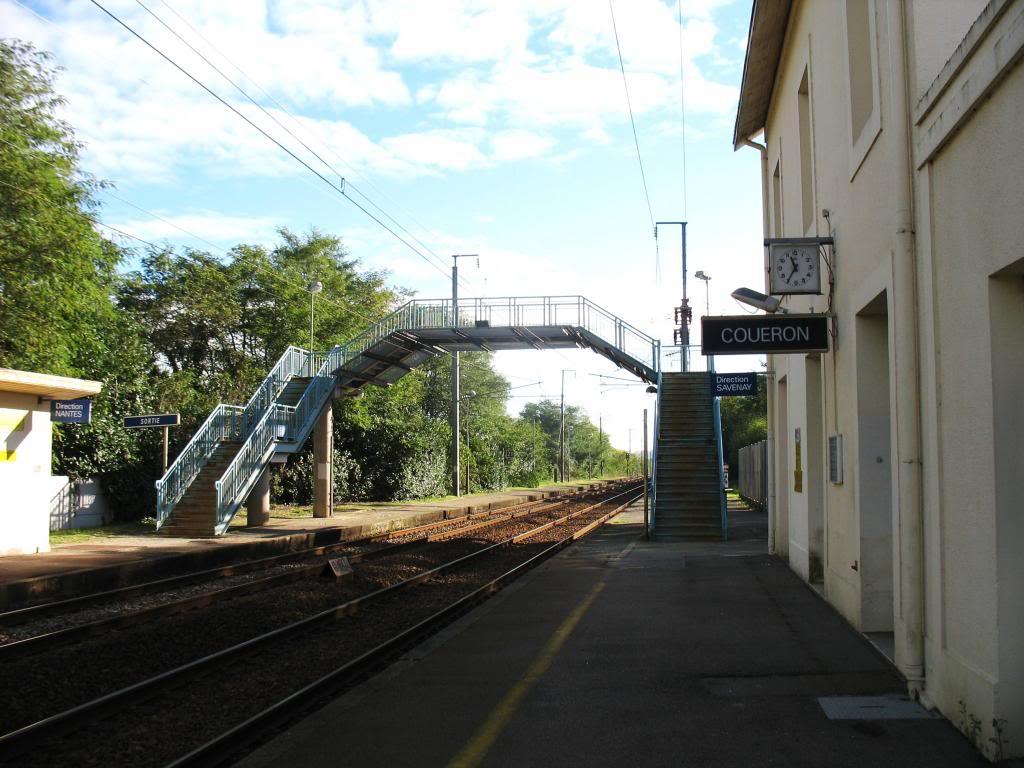 Les gares de Nantes à Savenay - Ligne Nantes-Le Croisic-Redon-Quimper 27-CoueacuteronquaiversSavenay