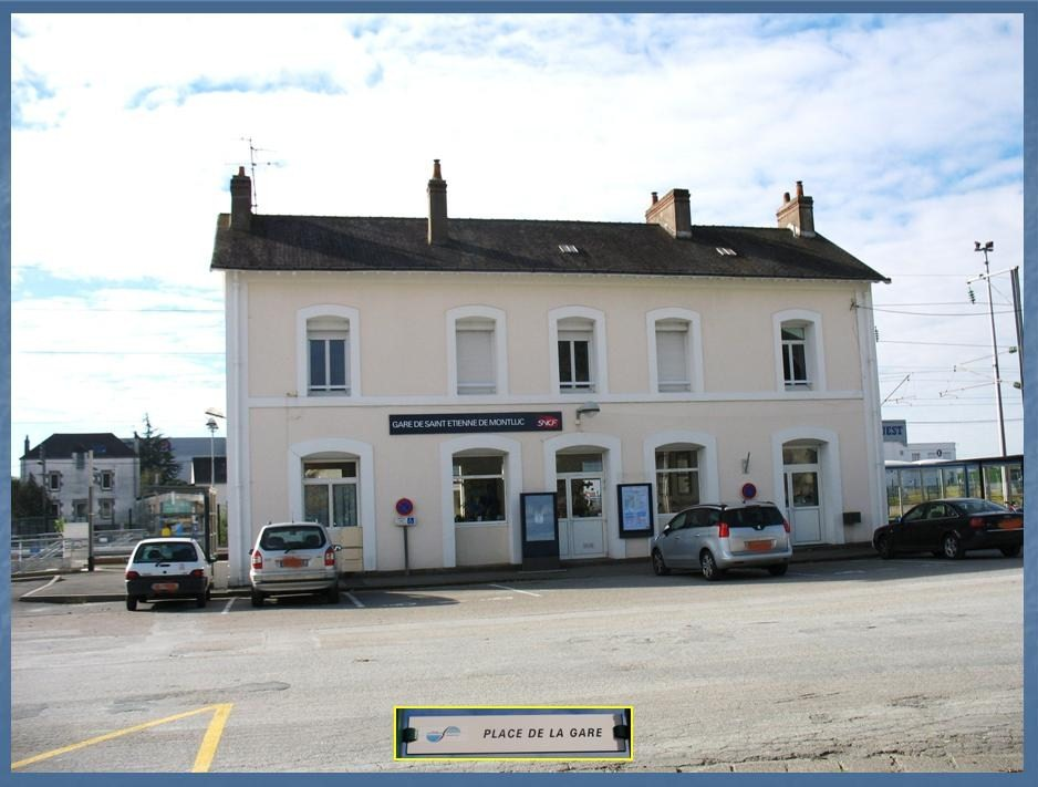 Les gares de Nantes à Savenay - Ligne Nantes-Le Croisic-Redon-Quimper 34-StEtiennedeMontlucplacedelagare