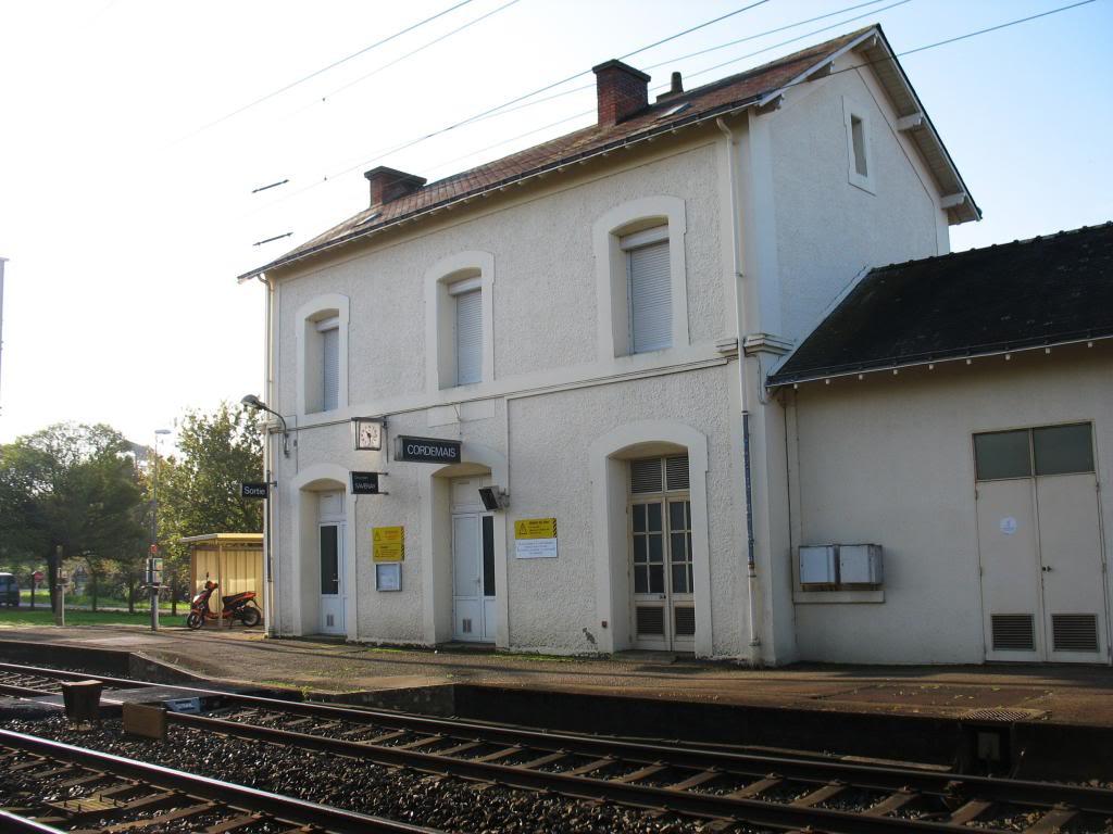 Les gares de Nantes à Savenay - Ligne Nantes-Le Croisic-Redon-Quimper 44-CordemaisBVcocircteacutequais2