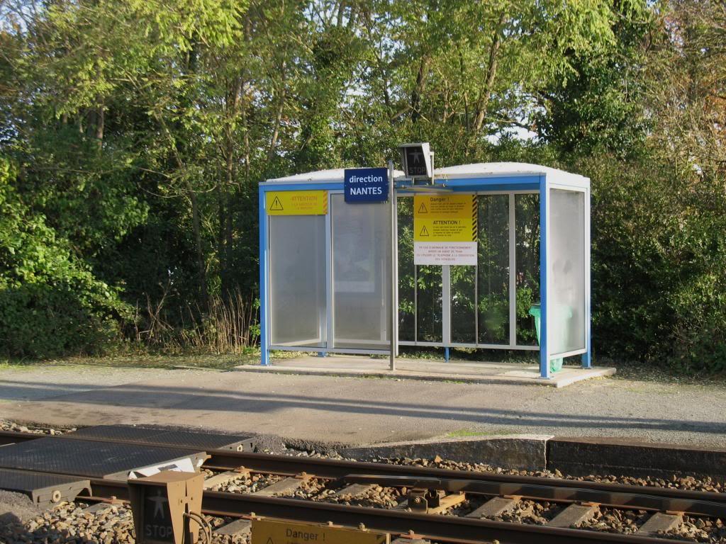 Les gares de Nantes à Savenay - Ligne Nantes-Le Croisic-Redon-Quimper 45-CordemaisabridequaiversNantes