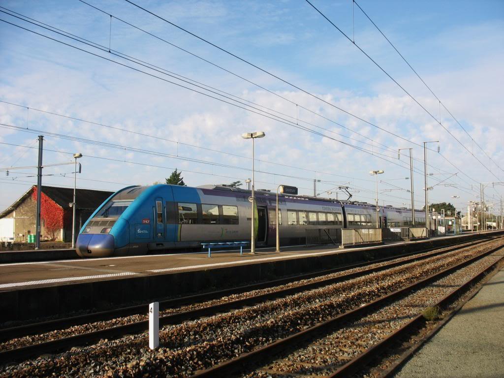 Les gares de Nantes à Savenay - Ligne Nantes-Le Croisic-Redon-Quimper 52-SavenayTERversPontchacircteau-Quimper