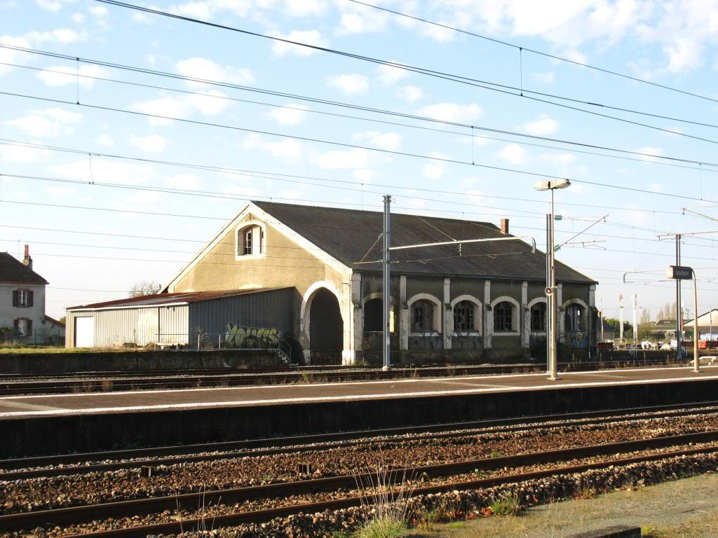 Les gares de Nantes à Savenay - Ligne Nantes-Le Croisic-Redon-Quimper 55-Savenayleshallesmarchandises