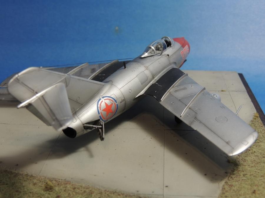 MiG-15bis - 1:72 MiG-15bis_35
