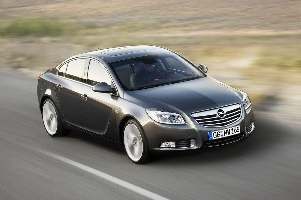 *STICKY*  OPEL INSIGNIA (Omega Replacement) 02_opel_insignia_first