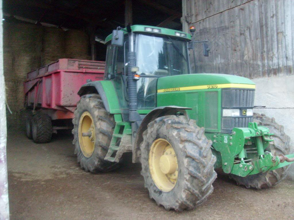 Photos de vos tracteurs - Page 5 S7302342_zpsac4dfdc0