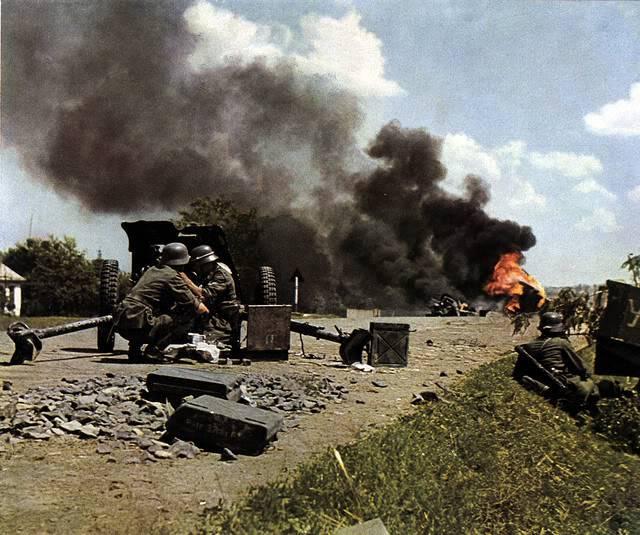 Segunda Guerra Mundial - Página 2 GermanATguninrussiaprolly