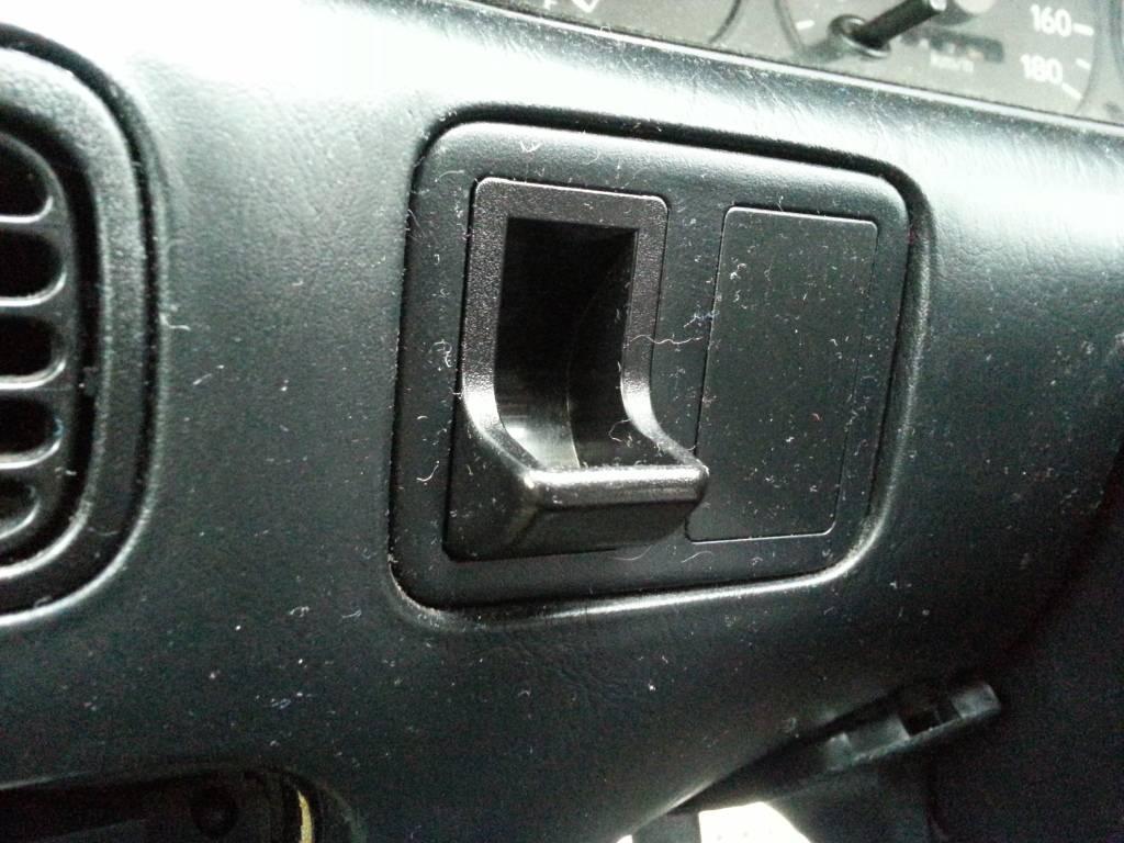 BREAKING:  1995 Toyota Levin GT Apex 4A-GE 20v Silvertop  20121031_101045