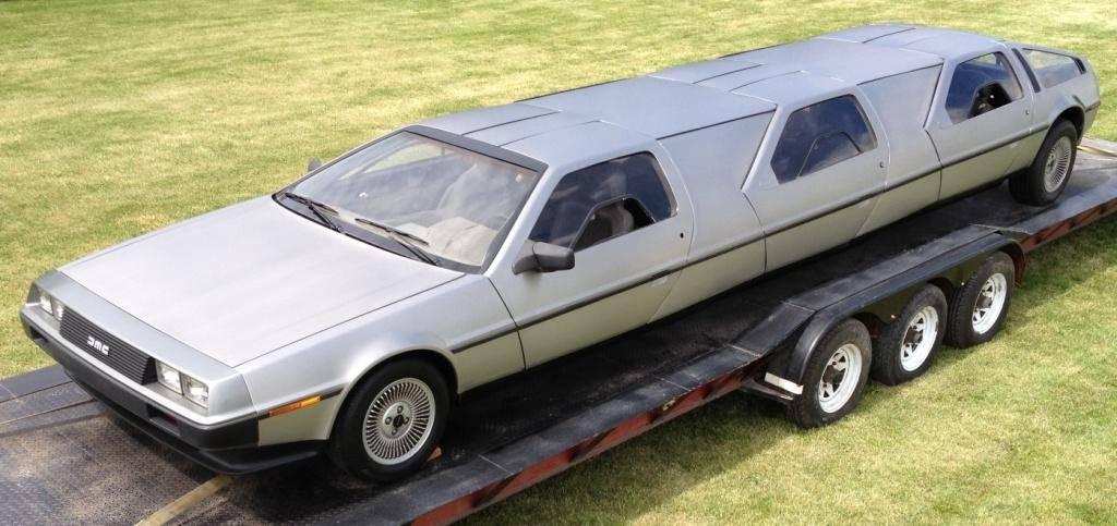 DeLorean limousine D-Limo-doors-closed-April-2012_zpsd30ae87e