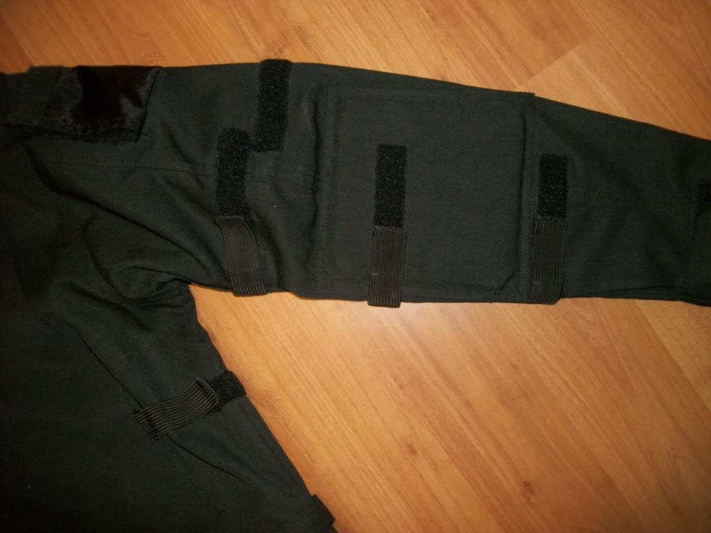 Jonathan Idema * Ex-Special Forces * Created alot of headlines around Ft. Bragg awhile back * A piece of his ICS clothing line * RARE ? 101_3568