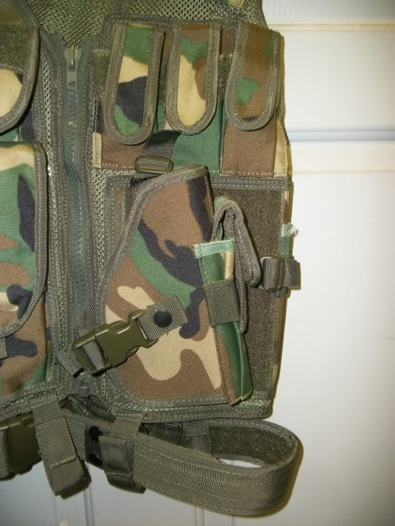 Possible ANA chest rig....Recent Find 101_3702
