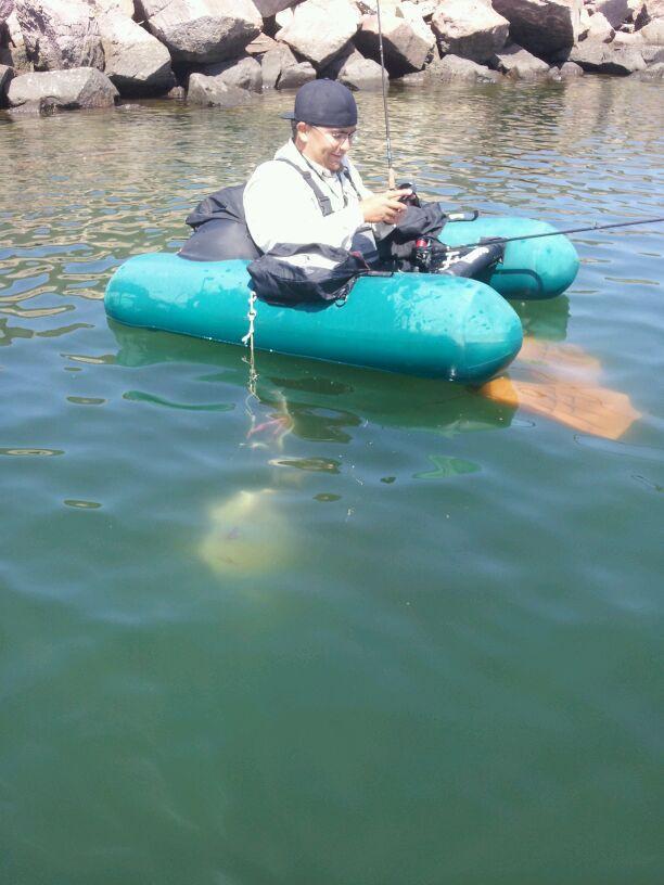 Caddis Float Tube for sale 20120505_110922
