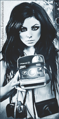 Lara Jade          Self-portrait-2