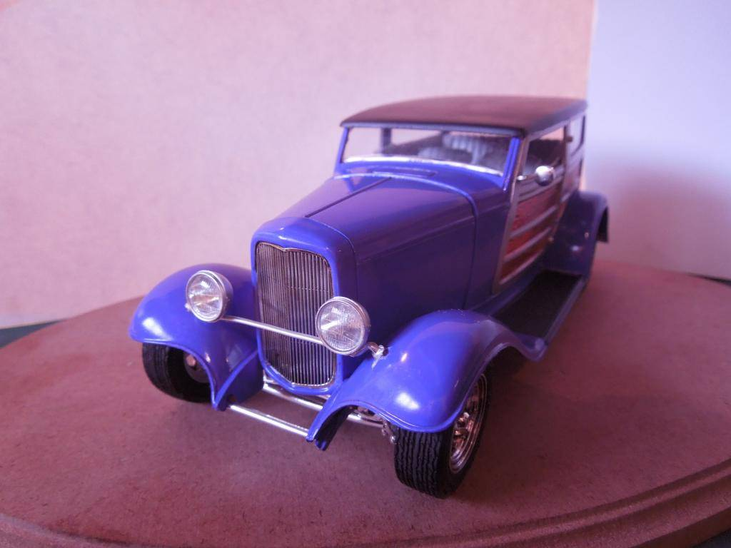Revell Ford Speedwagon 005-3