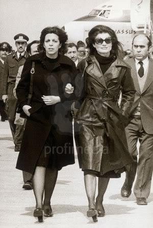 Christina y Athina Onassis - Página 2 Christinayjackie