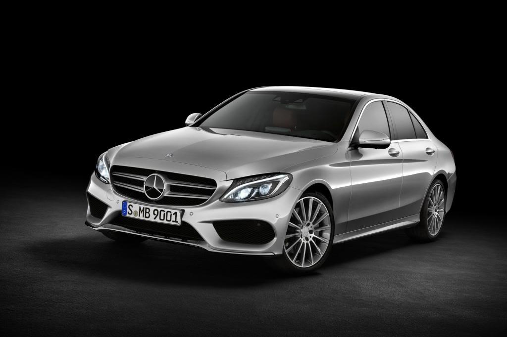 (W205): Flagras e fotos  - Página 13 2015-Mercedes-C-Class-103_zpsf33eaa35