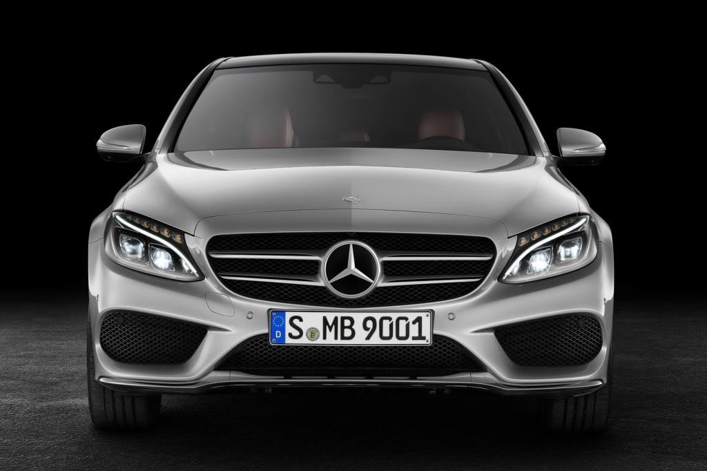 (W205): Flagras e fotos  - Página 13 2015-Mercedes-C-Class-143_zps74690444