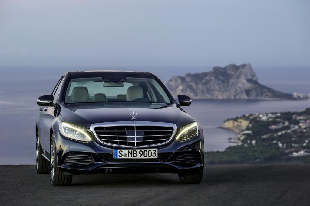 (W205): Flagras e fotos  - Página 13 2015-Mercedes-C-Class-223_zps8c04489b