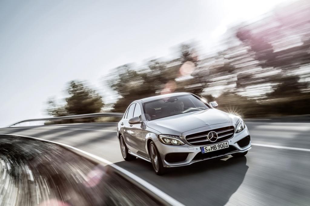 (W205): Flagras e fotos  - Página 13 2015-Mercedes-C-Class-323_zps8d7c8d46
