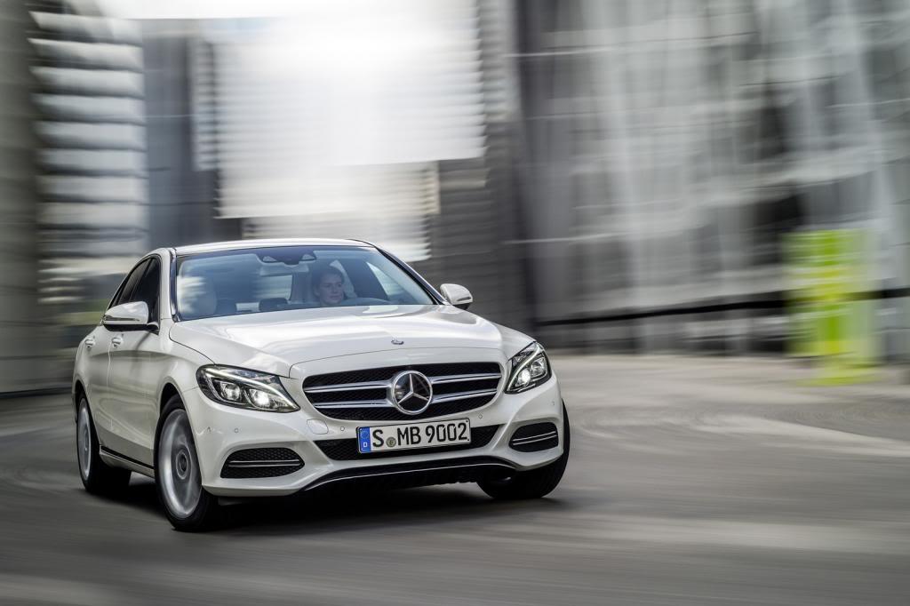 (W205): Flagras e fotos  - Página 13 2015-Mercedes-C-Class-463_zpseda1b1ec