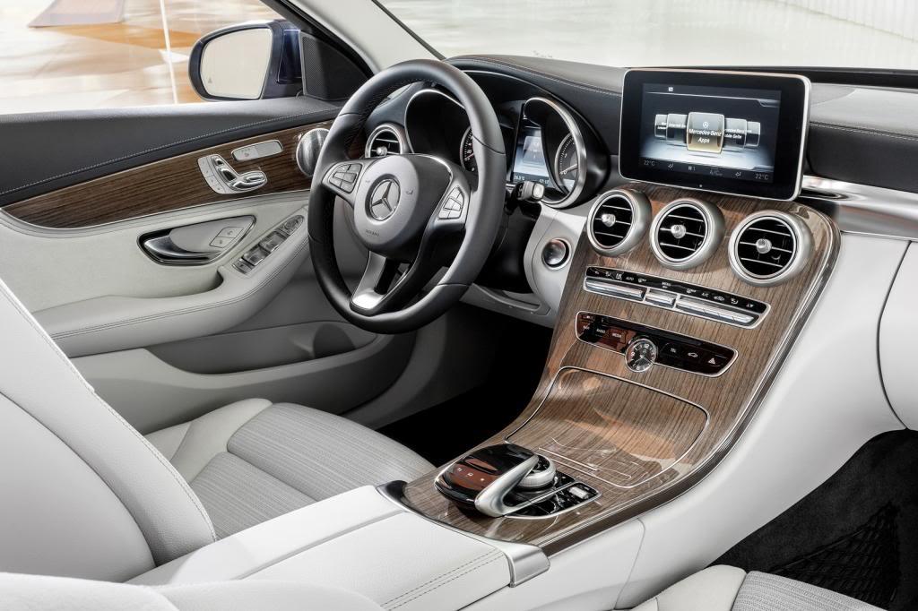 (W205): Flagras e fotos  - Página 13 2015-Mercedes-C-Class-493_zps904a965e