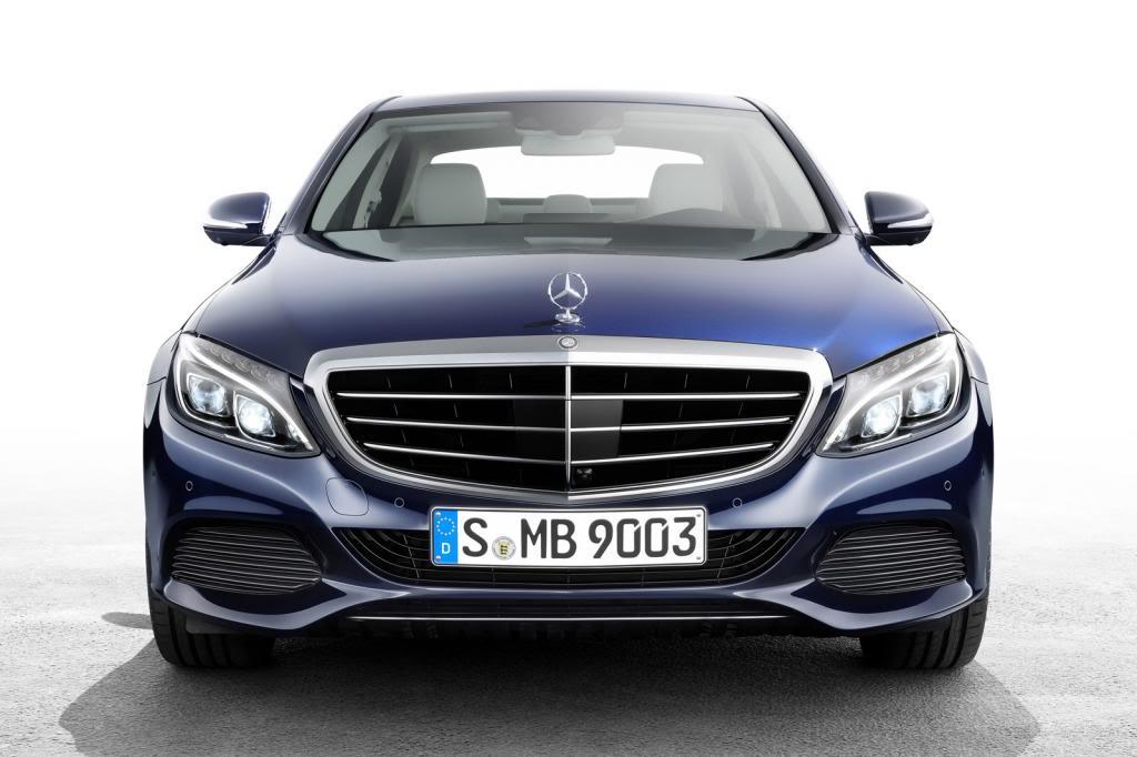 (W205): Flagras e fotos  - Página 13 2015-Mercedes-C-Class-63_zpsd39240bf