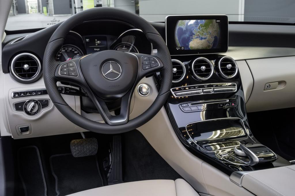 (W205): Flagras e fotos  - Página 13 2015-Mercedes-C-Class-683_zpscbf817e8