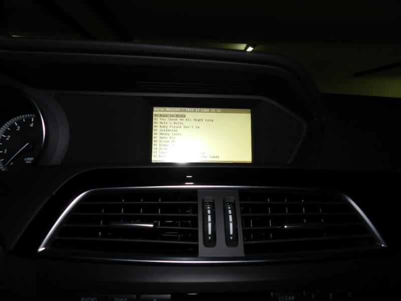 (W204): É possível instalar o Comand na C180? DSCN0144