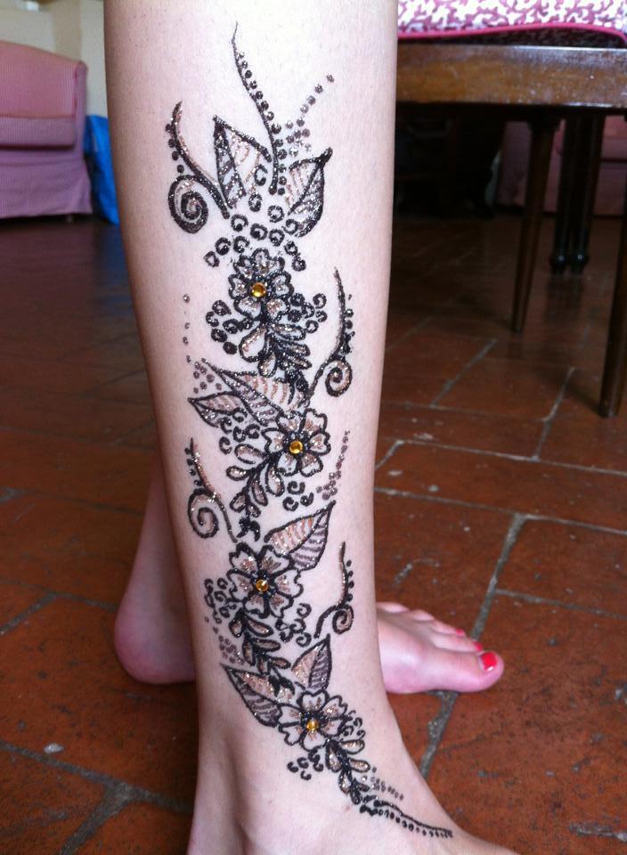 My second freehand glitter tattoo! 06f96959a8d63af8a4da615a7c525970_zps6755f8d4