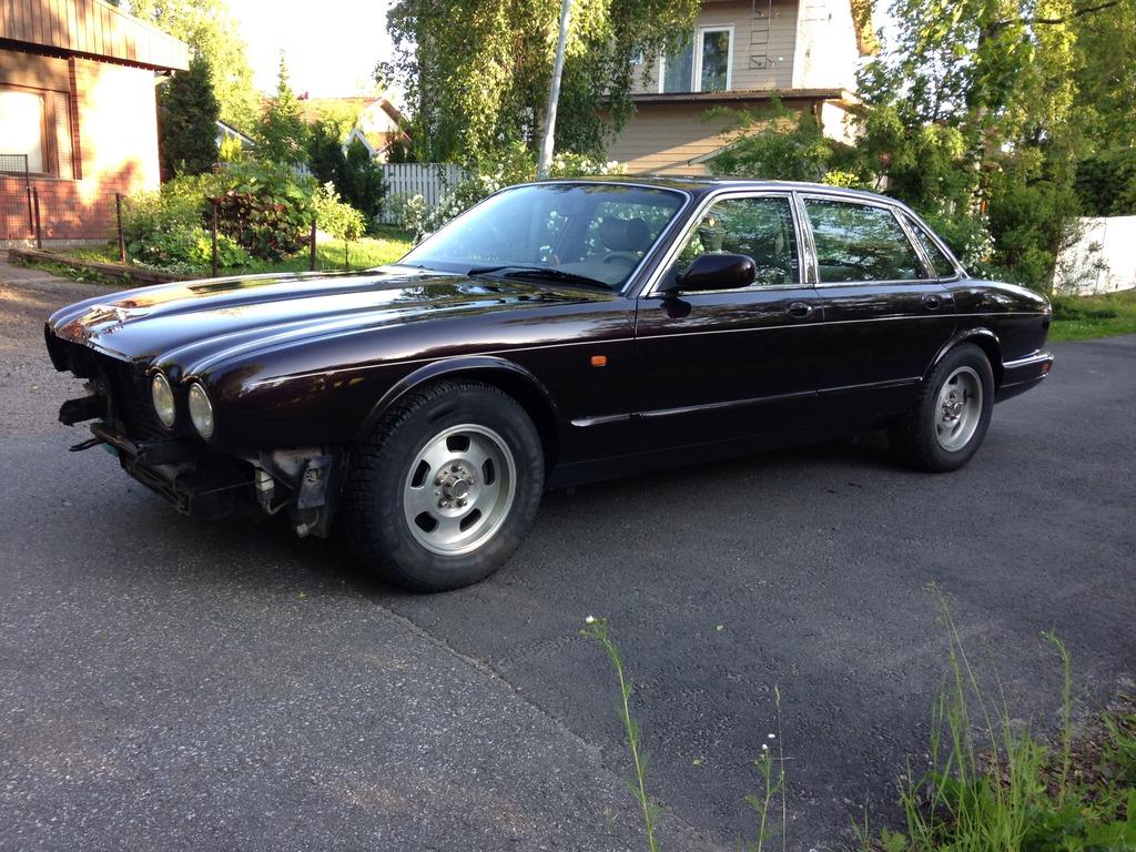 Miksu MB: Camaro -78 & Jaguar x300 - Sivu 4 IMG_2323_zpsvqjftp9x