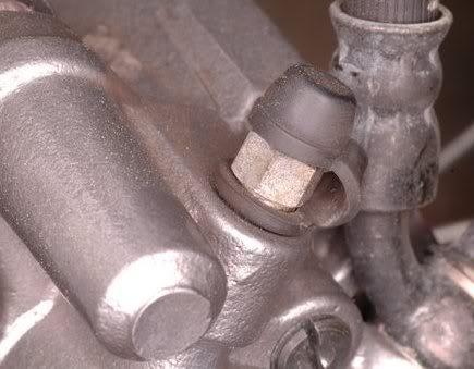 TUTORIAL: Purgar el freno hidraulico delantero. CMX250_25
