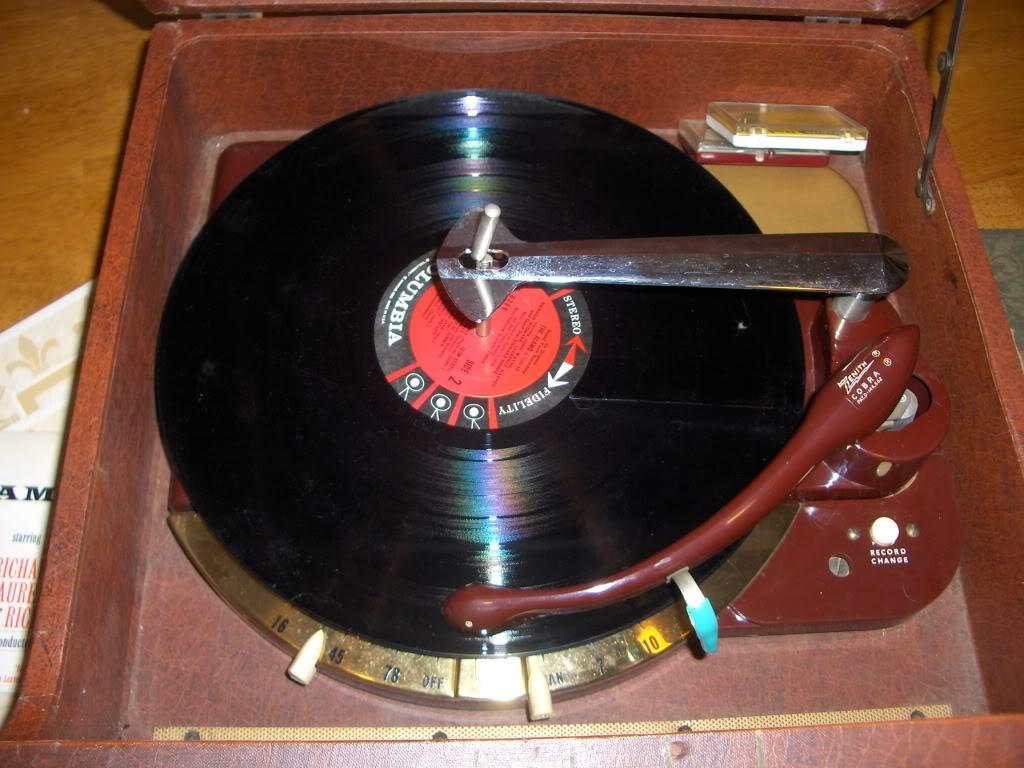 Zenith H661R Cobra-matic Radio-Phono HPIM1664_zpsb08e9297