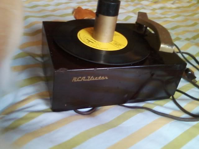 How do you make a RCA 45 player work in stereo mode? Photo0051