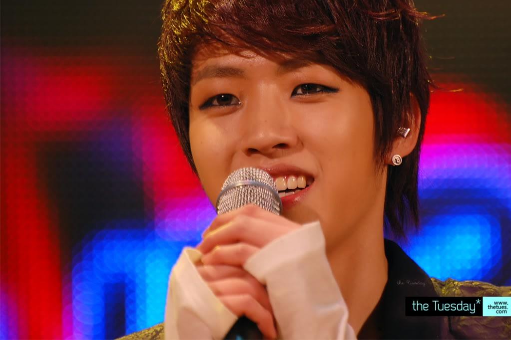 Lee Sung Yeol  Bfdaec1aa1451f1742a9ad03