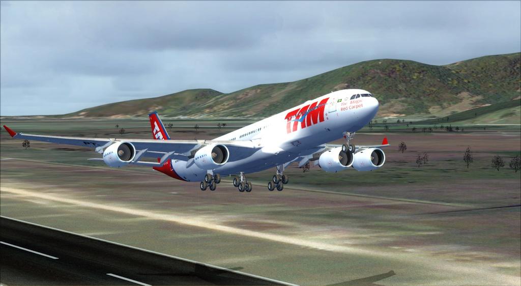 SBFL - SUMU - A340-500 TAM Fsx2012-07-1021-31-23-79